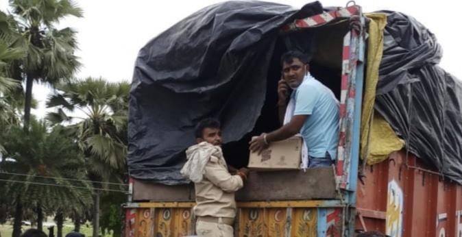 भारी मात्रा में विदेशी शराब बरामद, उत्पाद विभाग पुलिस की कार्रवाई