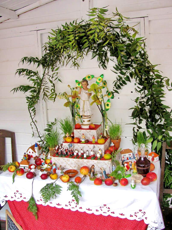 Traditional Christmas cribs