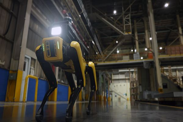 هيونداي تحول روبوت Spot إلى حارس لمصانعها بعد استحواذها على بوسطن ديناميكس