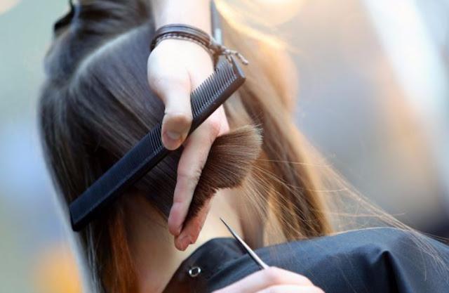 Cara Merawat Rambut Kering Dengan Potong Rambut