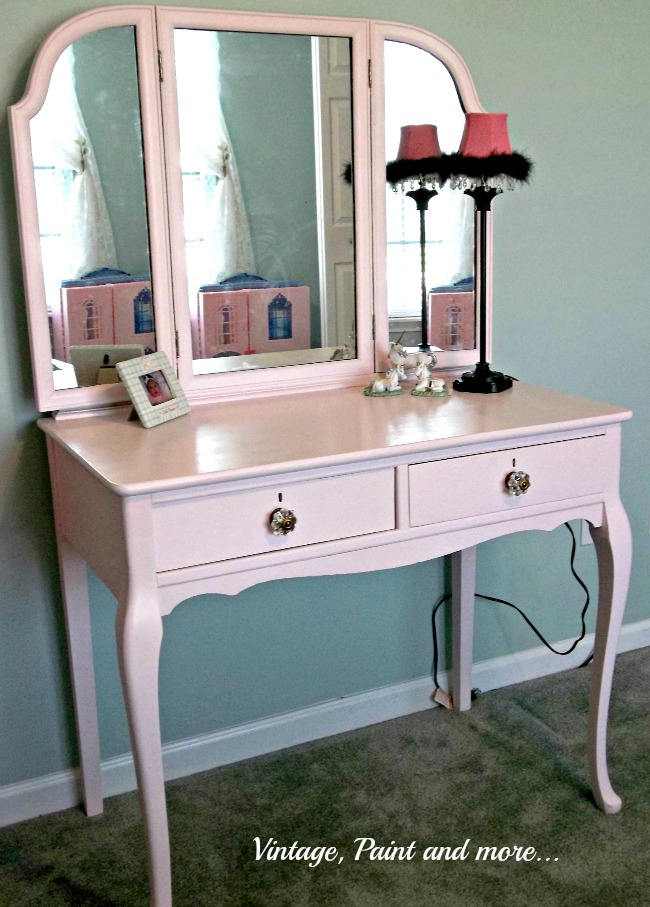 Vintage, Paint and more... girls pink vanity painted with chalk paint