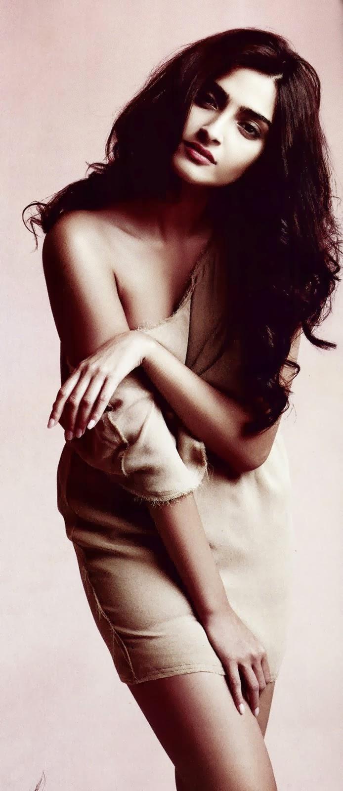 Sonam Kapoor Ki Sexy Photo