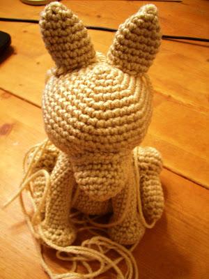 Yorkshire Luly em amigurumi - YouTube | Crochet cão, Padrões de ... | 400x300