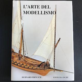 """Foto dall'alto del libro """"l'arte del modellismo"""" di Bernard Frolich edito Ancre"""