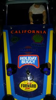 ホリデーバギーのボディのステッカーの様子1