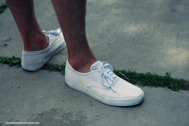 białe trampki new yorker