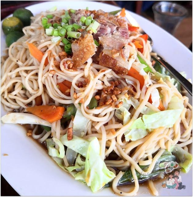 Pancit Canton Mang Rudy's Tuna Grill & Papaitan at Circuit Makati