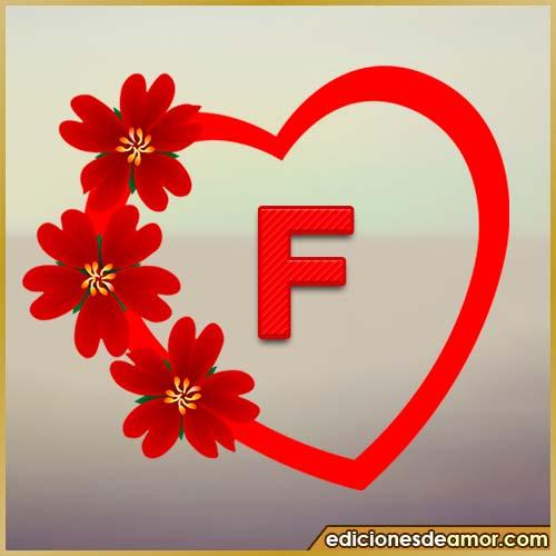 corazón de flores con letra F