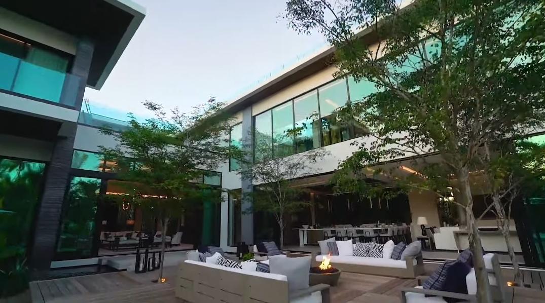 53 Photos vs. Tour 1600 W 25th St, Miami Beach, FL Ultra Luxury Mansion Interior Design