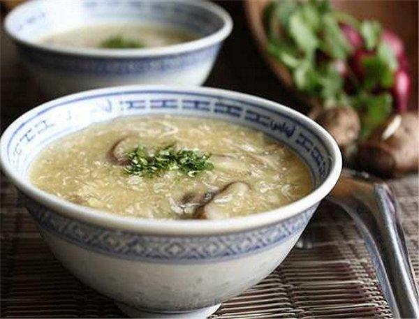 Soup nấm linh chi bồi bổ cơ thể