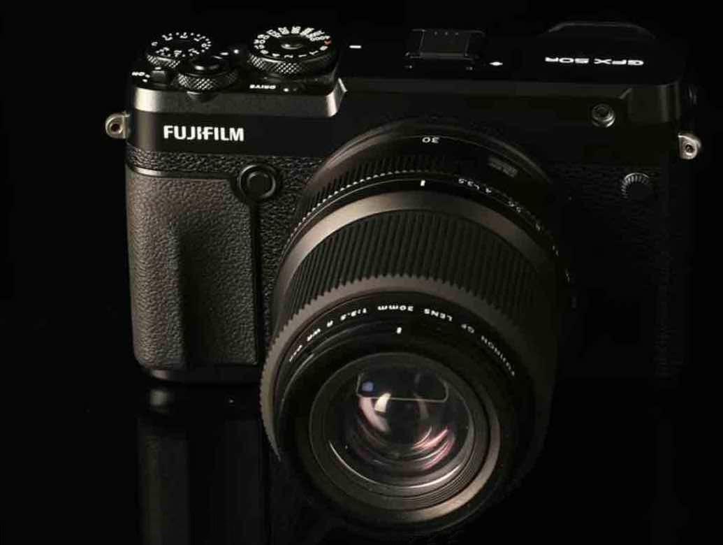 Объектив Fujinon GF 30mm f/3.5 с камерой Fujifilm