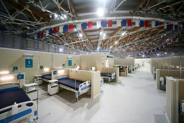 Russia reports 8,828 new COVID-19 cases, 399 deaths