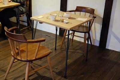 松本市の喫茶・カフェ Cafe Chiiann テーブル席