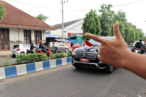 Ferdinand: Jokowi Presiden Pertama Indonesia yang Paling Banyak Diolok-olok Rakyat