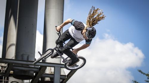 Freestyle BMX (stunts)