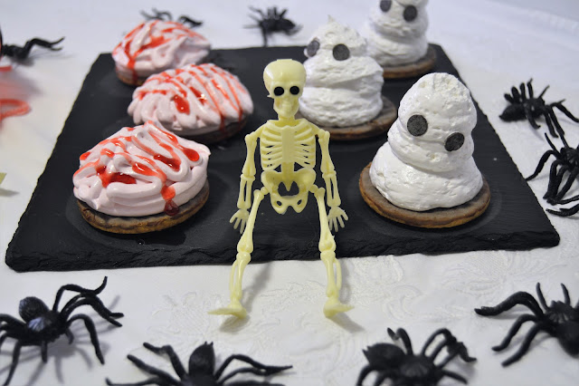 FANTASMAS Y CEREBROS DE MERENGUE ITALIANO (RECETA DE HALLOWEEN)