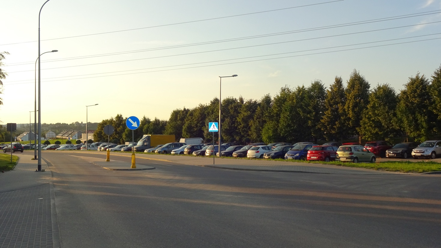 Gdansk-Poludnie-Cedrowa-parking-platny-cmentarz