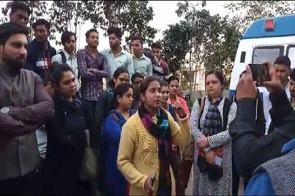 faridabad-nimka-raja-jait-singh-polytechnic-news-yogesh-mohan-ill