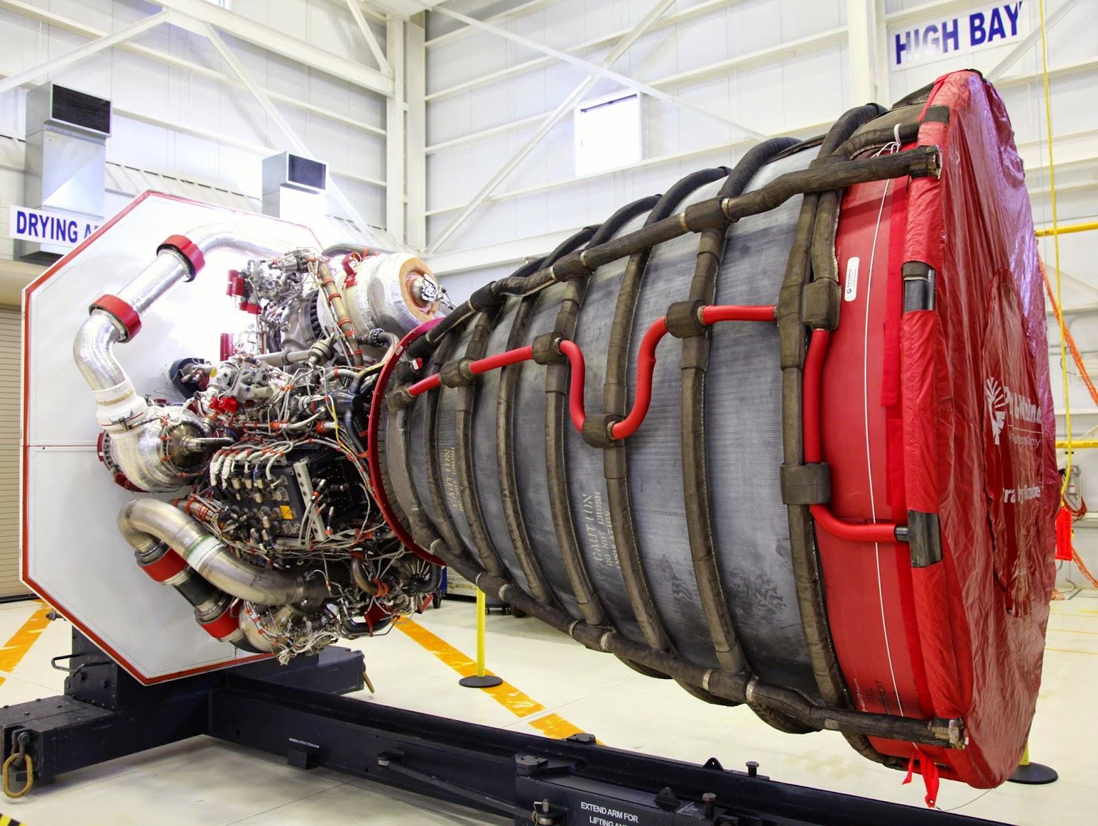 Suburban spaceman: NASA's New Mega-Rocket (SLS), Orion ...
