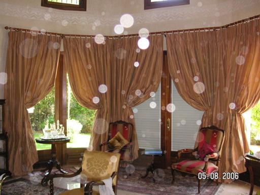 amazing model with modele de rideaux salon. Black Bedroom Furniture Sets. Home Design Ideas