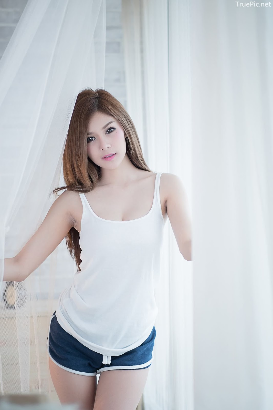 Thailand model Kanyakarn Kaewnisai - Getting up early welcome the Sun - Picture 7