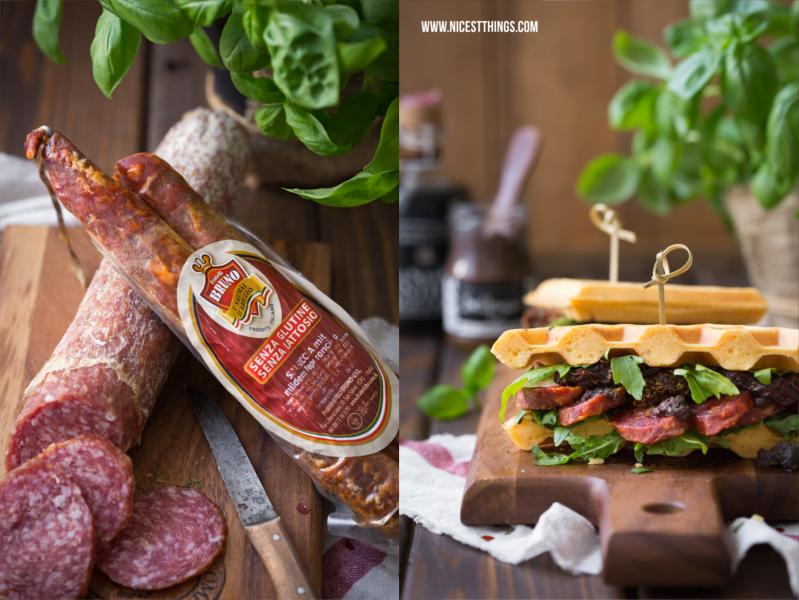 Waffel-Sandwiches mit Salsiccia