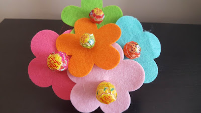 Lollipops Spring Flower Party Favors