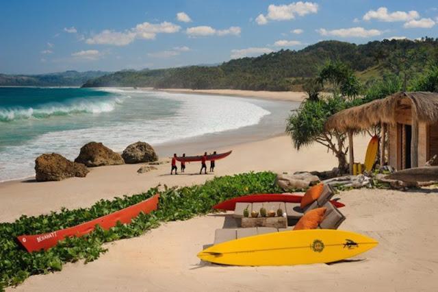 pantai di sumba
