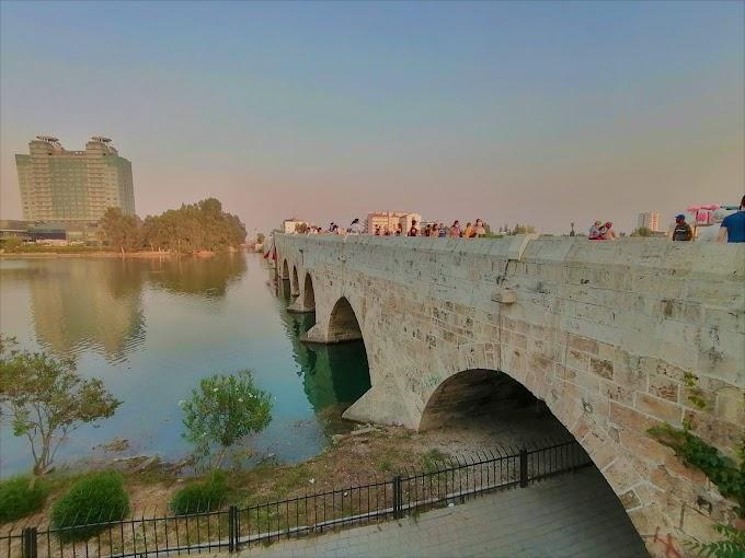 Adana Taş Köprü Ve Civar resimleri ( Hamama giderken)