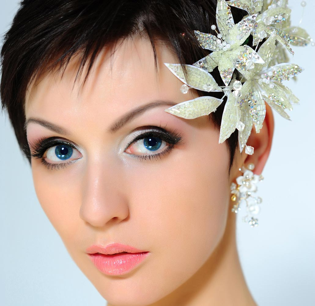 28 Prettiest Wedding Hairstyles: Bridal HairStyles: June 2009