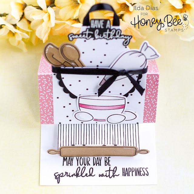Card Making, Stamping, Die Cutting, handmade card, ilovedoingallthingscrafty, Stamps, how to,Birthday Card, Baker, Apron, Easel Card,Honey Bee Stamps,Instagram Hop,Baked With Love, Funfetti Paper Pad