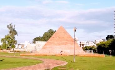 Pyramid Giza  - Seven Wonders Park kota