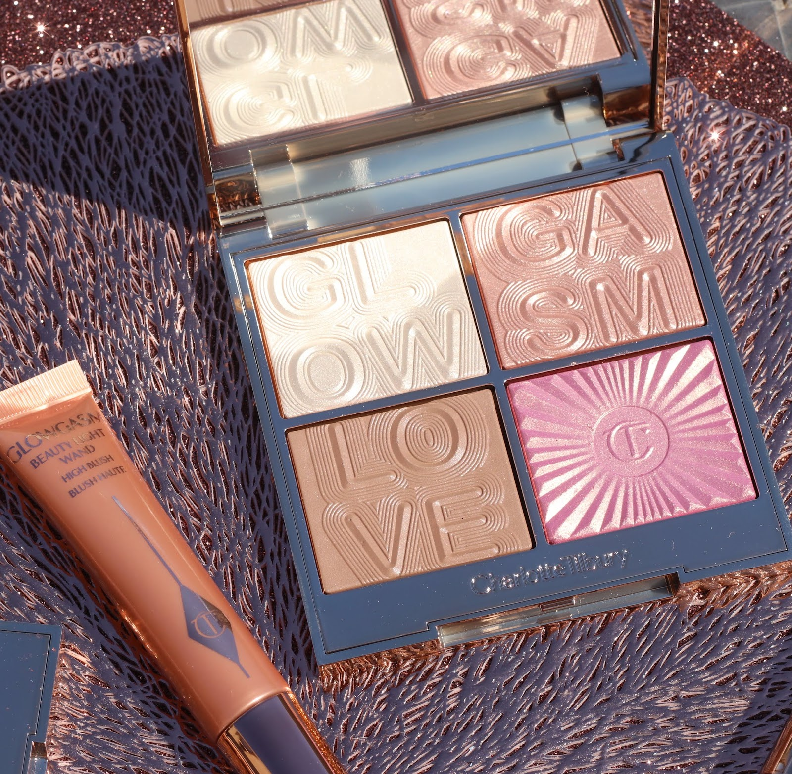 Charlotte Tilbury Glowgasm face palettes review, photos, swatches & video - which one do I prefer?
