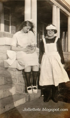 UUnknown girls Harrisonburg, VA in album of Violetta Davis Ryan 1920s