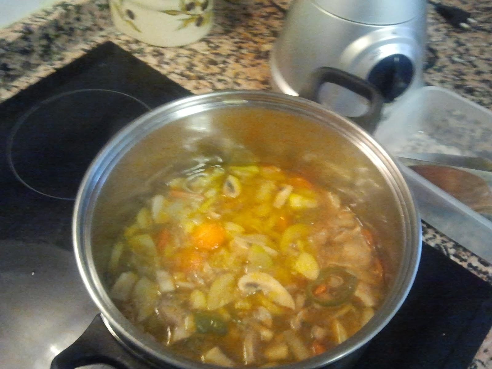 hirviendo crema de verduras