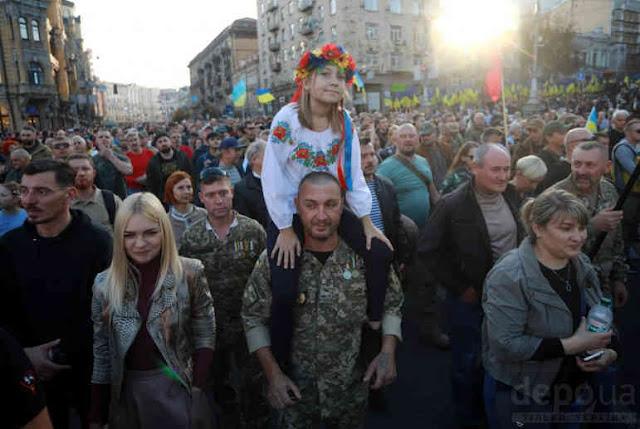 Аргумент зеленского: когда украинцам объяснят, что капитуляция – это дешевле