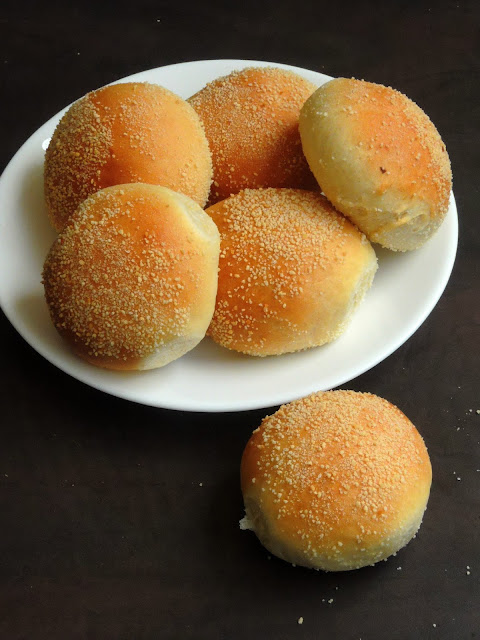 Filipino Bread Rolls, Pandesal