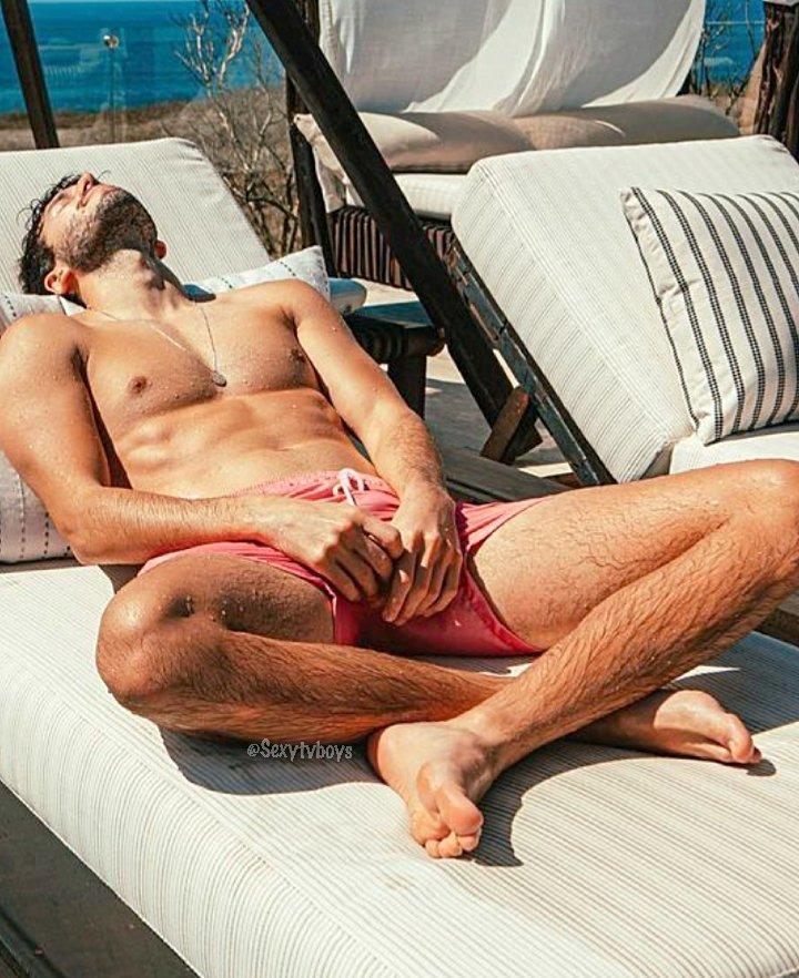 yatra al desnudo