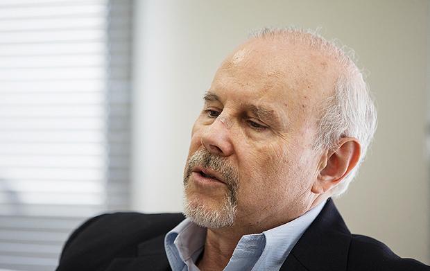 Antes de delação, Palocci diz que Mantega vendia informações para bancos