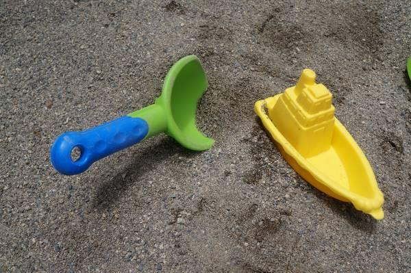 庭で砂場遊びは好きなときに楽しめる!