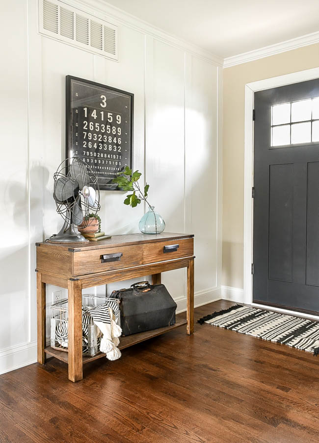 high contrast neutral entry