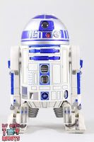 S.H. Figuarts R2-D2 40