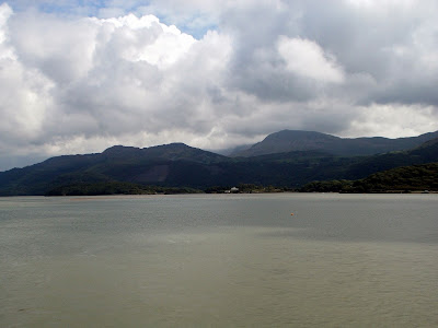 cadair idris from the mawddach estuary