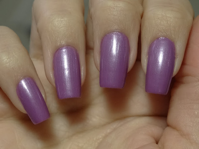 Esmalte Beauty Color Good Vibes e Waikiki + Carimbada BC 16 e 19