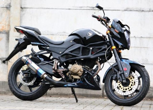 Modifikasi Honda Tiger Hitam