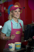 How to be a Latin Lover Kristen Bell Image 1 (35)
