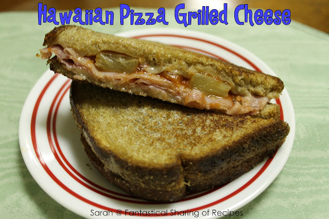 Hawaiian Pizza Grilled Cheese. The best of two worlds plus a little pineapple! #pizza #grilledcheese