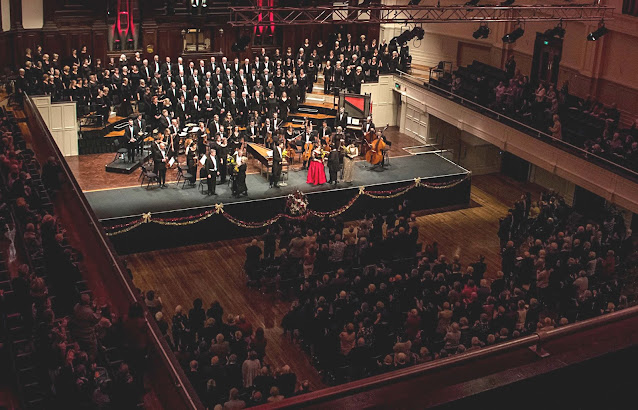 City Choir Dunedin and Dunedin Symphony Orchestra, December 2017. Photo: Ian Thomson.