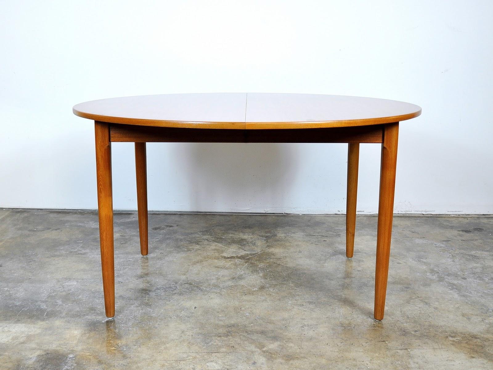 SELECT MODERN Falster Teak Expandable Dining Table : FalsterTeakExpandableDiningTable1 from midcenturymoderndesignfinds.blogspot.com size 1600 x 1202 jpeg 301kB