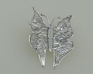 Srebro z Poznania Rytosztuka – broszka motylek